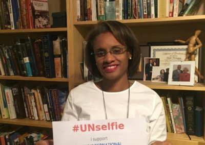 Vada_Unselfie single with text