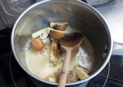 Mushrooms and butter_prep for wine sauce